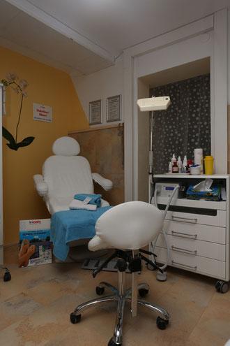 Der Fachfußpflegebereich mit modernster Technik.
