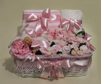 """© Большая подарочная корзина для новорожденной девочки """" Милая Зайка"""""""