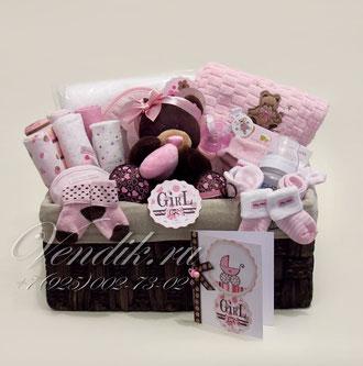 """© Большая подарочная корзина для новорожденной девочки """" Sweet Chocco"""""""