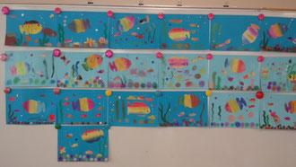 ほほえみの家水族館だよ。虹色の魚たち・・きれいだね!