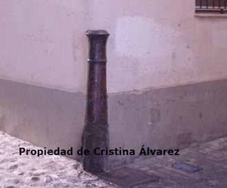 Cañón situado en la esquina de la c/ Troilo con la c/ del Mirador