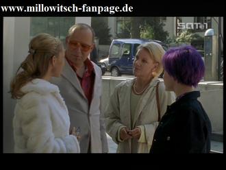 Isabelles Vater (Axel Milberg) mit neuer Freundin sowie Susanne und Isabelle