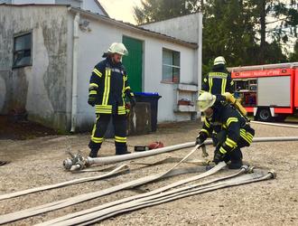 Angriffsleitung Verteiler Feuerwehr Lüdorf
