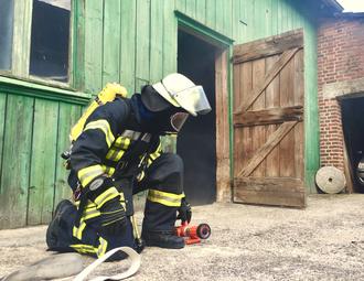 Feuerwehrmann Atemschutz Lüdorf