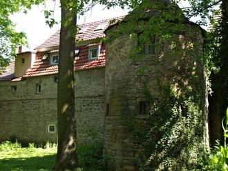 Der Turm hinter dem Anwesen Neutorstraße 4