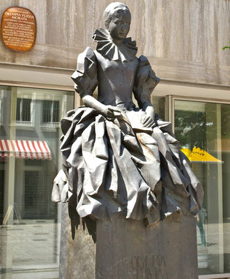 Denkmal für Olympia Morata Brückenstraße Schweinfurt. Sie wohnte in der Brückenstraße 12