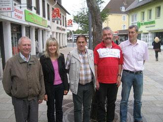 Mitglieder der Vorbereitungsgruppe (von rechts) Robert Fischer, Mareille Pieper, Ferdinand Uecker, Michael Kühn und Michael Meixner