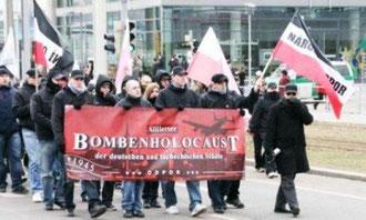 Sidste års nazidemo i Dresden med omkring 6500 deltagere