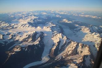 Survol des glaciers d'Alaska