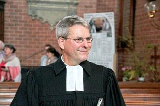 Pastor Burkhard Weber