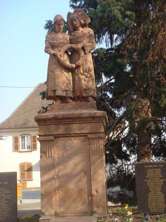 Monument aux morts dit Monument de la Fidélité à Bennwihr today