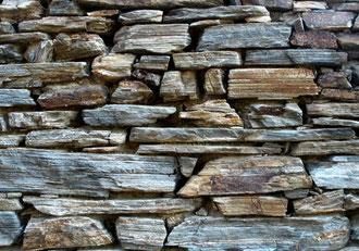 Trockenmauern in Neuss