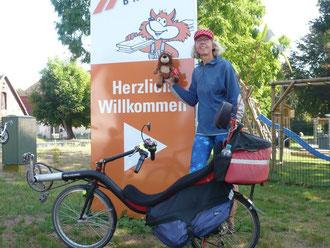 """Herzlich Willkommen bei der Sternfahrt """"Zur Mitte von Niedersachsen"""", dabei war wieder einmal der Löwe der Kinder-Hospiz Löwenherz."""