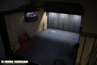 Hangar noch ohne X-WING FIGHTER Modell...