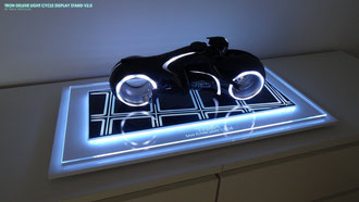 TRON Deluxe Base V2.0 mit 1:6 Light Cycle
