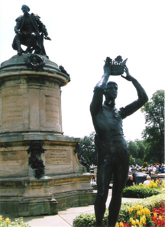 Shakespeare登場人物銅像