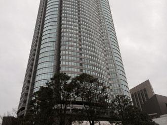 ☆地上54階建て、高さ238mの超高層ビジネスビルです。