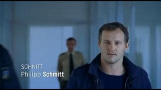 Polizist im Unschärfenbereich. (Screenshot)