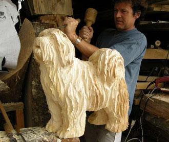 Tibet terrier Hund schnitzerei holsskulptur holzfigur bildhauer paul widmert