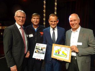 Alfons Hörmann (Zweiter von rechts) mit Reinhard Rawe (von links), Manfred Wille und Karl-Heinz Steinmann