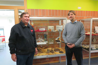 Dr. Steffen Wiegmann interviewt Manfred Wille im Niedersächsischen Institut für Sportgeschichte in Hannover