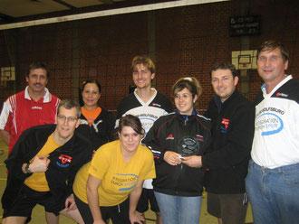 von links nach rechts: Valerie Seifried, Michael Meixner, Vannessa aus Mexico, Vannesa Santiago, Marcio Holzer, Jana Stark, Artur Stark, Manfred Wille