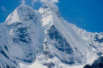 Nevado Jirishanca 6094m (Cordillera Huayhuash)