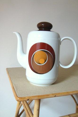 Théière à café vintage 70