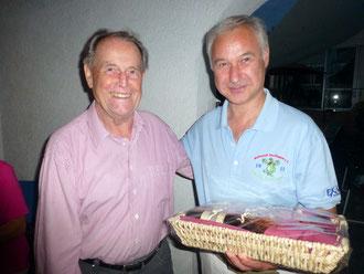 Jubilar Ernst Waldenmaier und 1. Vorsitzender Bernhard Klein Hier gehts zu den Bildern