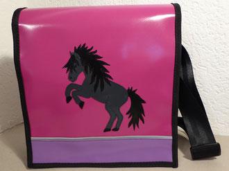 Kindergartentasche Pferd steigend aus Blachen