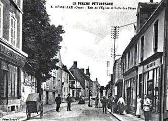 Photo de la rue de l'église à Rémalard