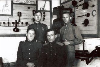 Боровичи. Школа автомобильных механиковю 1947-1948 г.г. Алексей Драгун - стоит слева