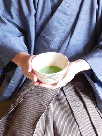 京都で侘び茶の世界に触れる体験を