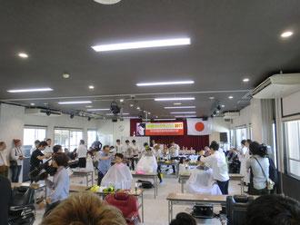 第69回鹿児島県理容競技大会が、鹿児島県理容美容専門学校にて開催された。(2017.6.19)