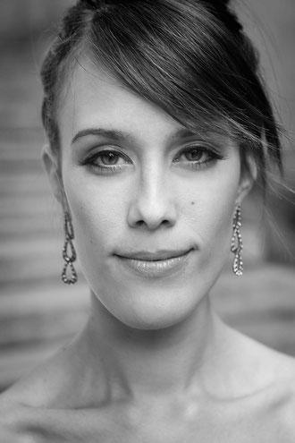 Miriam Bukies, Vocals