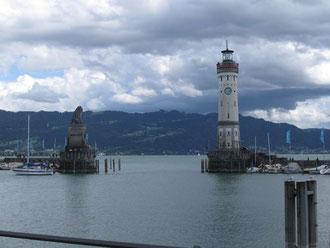 Die Hafeneinfahrt von Lindau