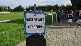 Erneuter Rückschlag: Der SV Breinig muss mit den Arbeiten an den neuen Kunstrasenplätzen neben dem Stadion warten. Erneute Pannen im Rathaus. Gatzweiler sagt Sitzung ab. (Foto: Stolberger Zeitung)