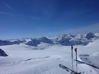 Skitour, Clariden, Überschreitung Tüfelsjoch, Teufelsjoch, Klausenpass, Urnerboden, Schweiz, Glarnerland, Skidepot