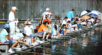 夏休みジュニアへら鮒釣り大会