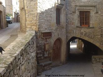Новая Каталония. Средневековые городки