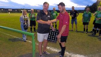 2.Platz: Thorsten Hänsel holt den Preis ab