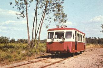 Autorail Billard A 75 D X 902 des Train à vapeur de Touraine (TVT)