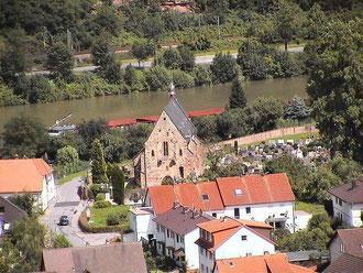 Blick auf die Friedhofskirche (Ersheimer Kapelle)