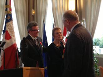 Jacques Coquelin et son épouse félicités par le Général Stransky