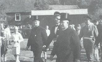 Vikar Ammermann, Martin Bicher und Pastor Huckestein