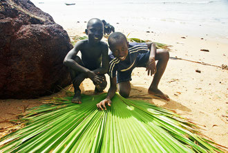 Am Strand von Saly im Senegal