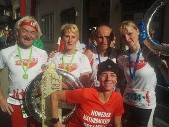 mit Motsch, Irmi, Helga und Berna