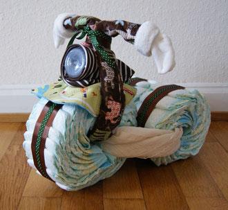 diy baby gift diaper motorcycle toile giraffe. Black Bedroom Furniture Sets. Home Design Ideas