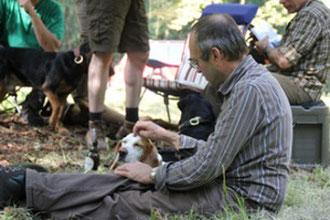 Das bin ich, hier mit meiner  Beagle-Hündin Silva
