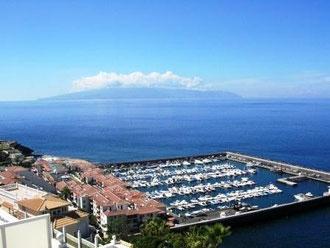 wunderschöner Blick von der Terrasse auf Hafen